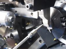 ねじりばね 線径0.7mm製造4.JPG