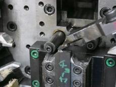 カラビナ線加工 SUS304 Φ1.8 製造1.JPG