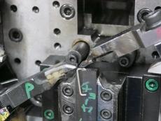 カラビナ線加工 SUS304 Φ1.8 製造3.JPG