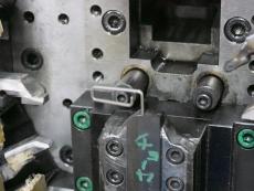 カラビナ線加工 SUS304 Φ1.8 製造6.JPG