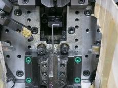 コの字線加工 製造2.JPG