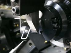 ダブルトーションスプリング製造4 SWP-B Φ1.8.JPG