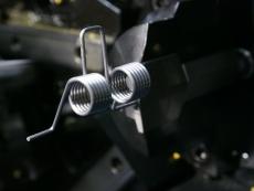 ダブルトーションスプリング製造5 SWP-B Φ1.8.JPG