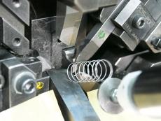 ハンコ(ネーム)押しバネ Φ0.5 製造
