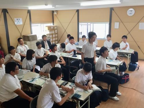 羽島市立竹鼻中学校工場見学.jpg
