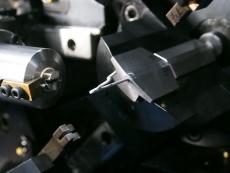 Rピン(松葉ピン)線加工製造4.JPG